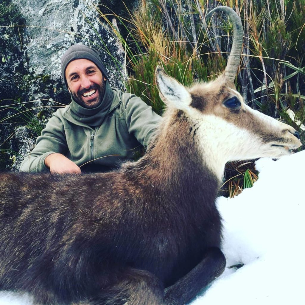 New Zealand rifle hunting guided chamois hunt Queenstown Dunedin