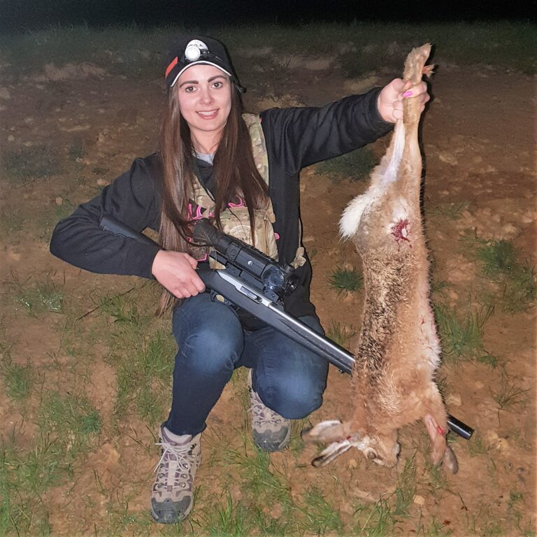 wallaby varmint hunt nz hunting outfitter Dunedin
