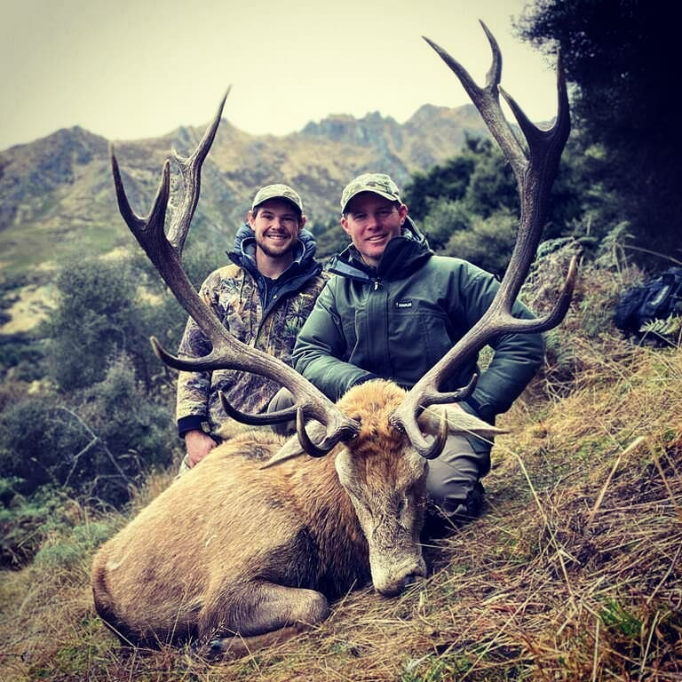 nz red stag hunting guides south island otago